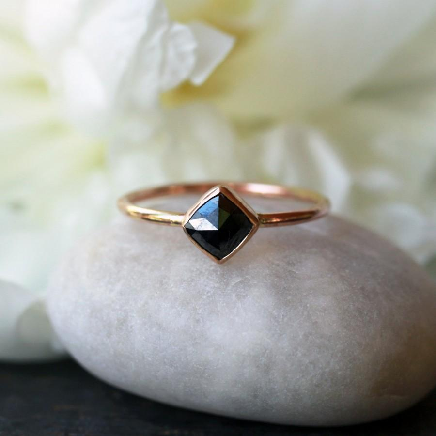 Mariage - Square Rose Cut Black Diamond Ring, 14k Yellow Gold Band, Unique Engagement Ring, Modern Bride, Minimalist Design, Handmade Jewelry