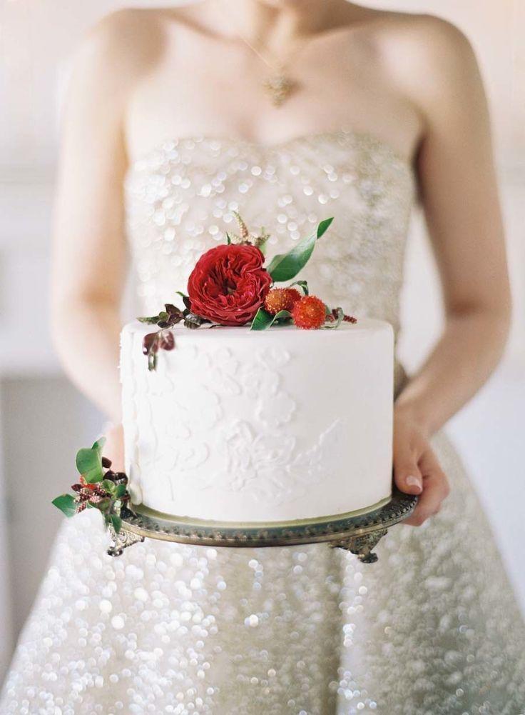 Свадьба - Chic Valentine's Day Elopement Inspiration