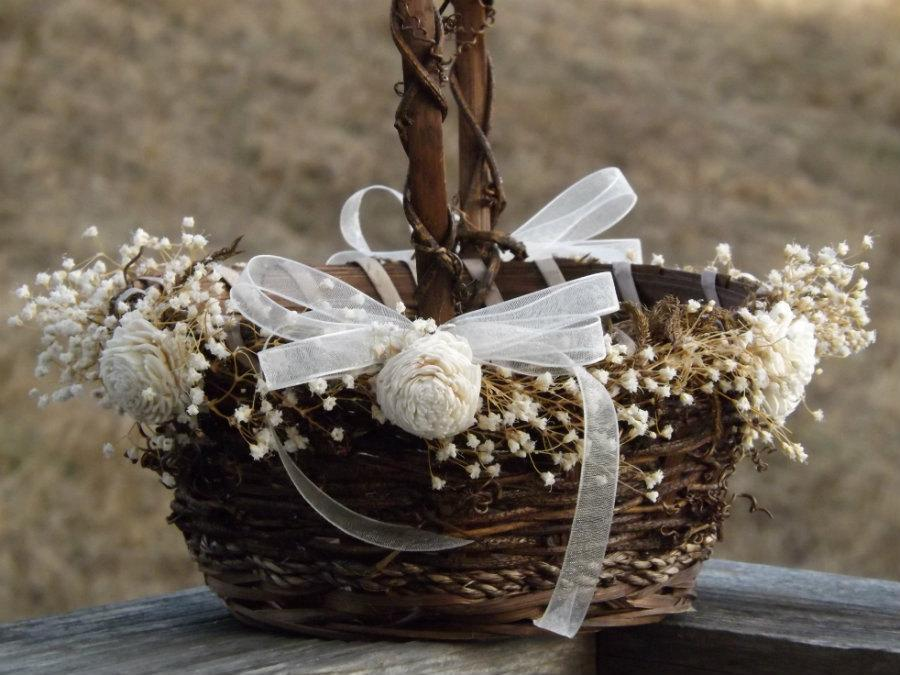 Свадьба - Rustic Flower Girl Basket with Preserved Babys Breath Sola Flowers Woodland Country Wedding Basket