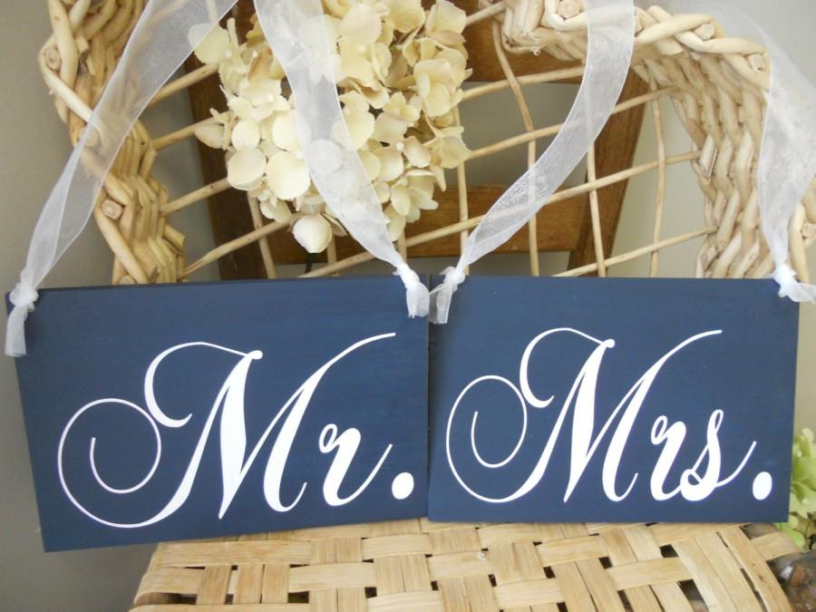 Mariage - Wedding Signs Navy blue and White Mr and Mrs Chair Signs