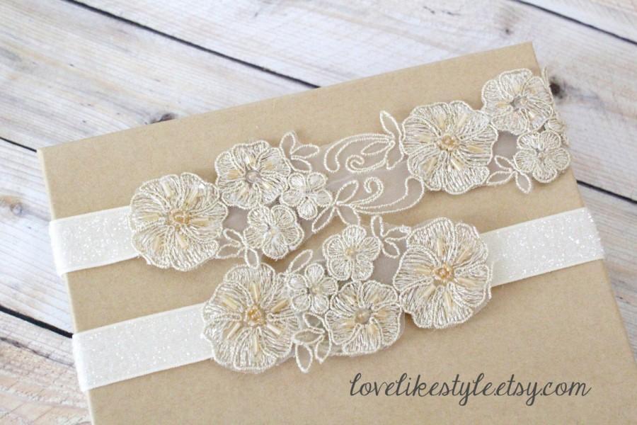 Mariage - Light Gold   Beaded Lace Wedding Garter Set, Ivory Lace Garter Set, Toss Garter , Keepsake Garter / GT-26