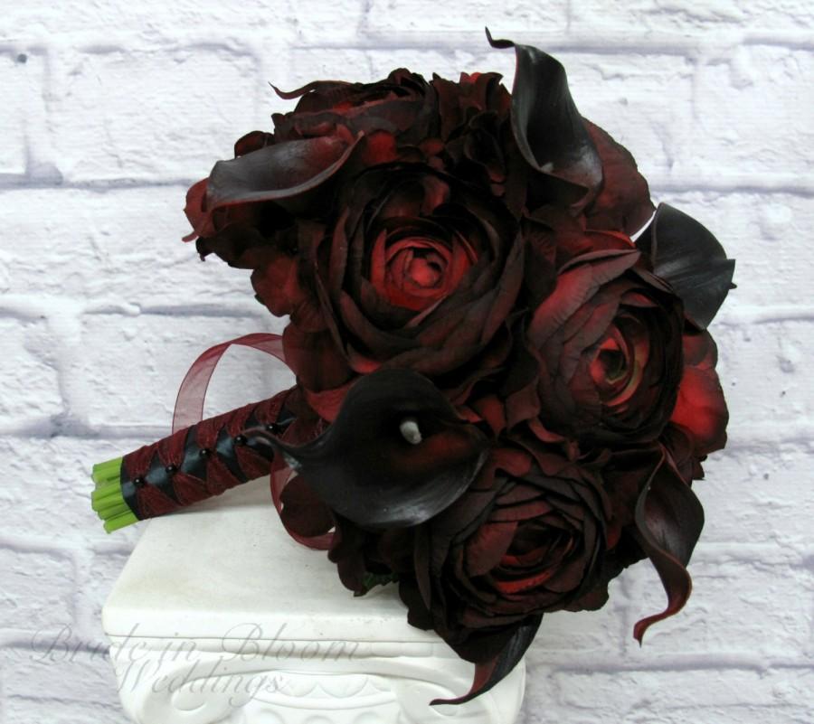Hochzeit - Wedding Bouquet Red black calla lily ranunculus silk bridal bouquet