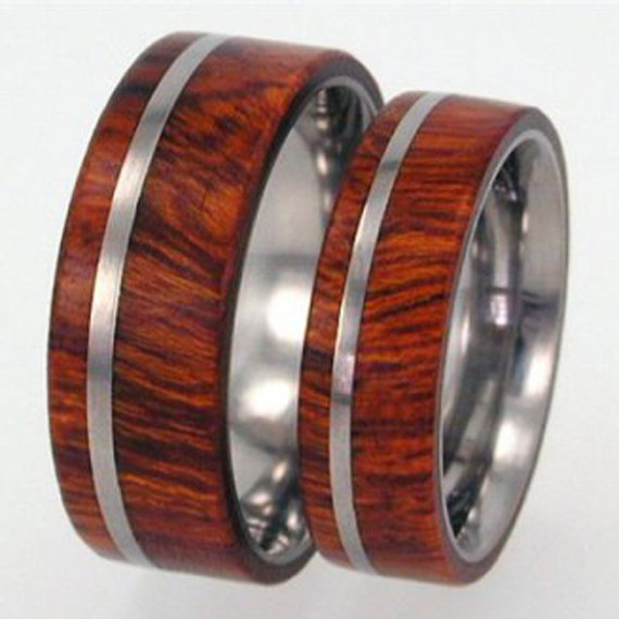 Hochzeit - Arizona Ironwood Wood Inlay - Mens Single Band, Ring Armor Included