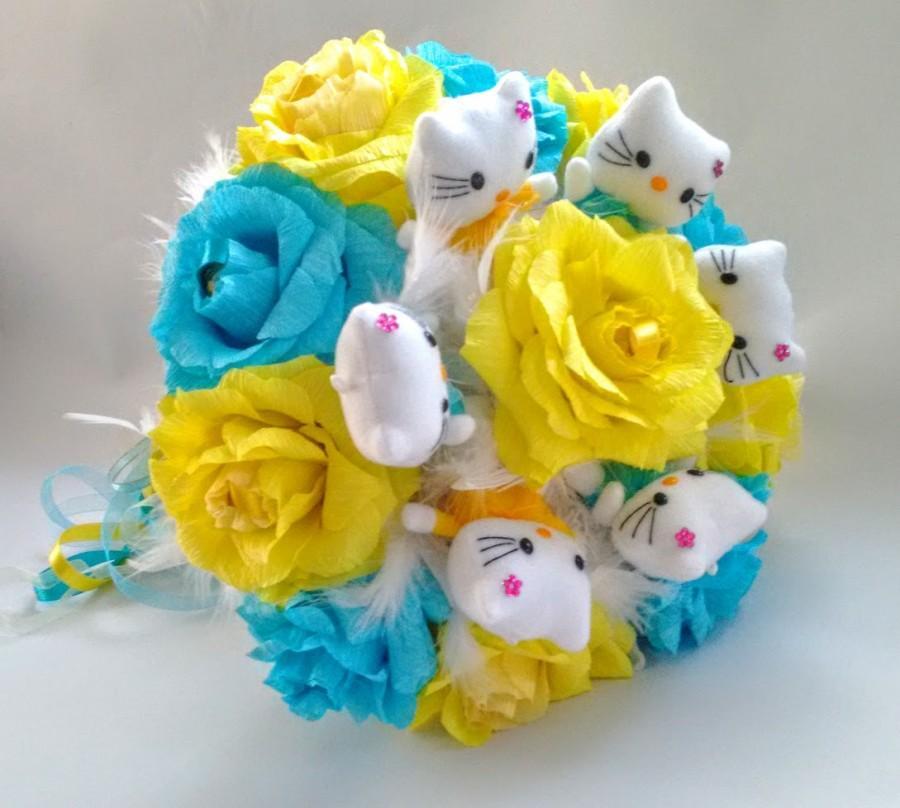 Wedding - Cute Hello Kitty Bouquet with Ferrero Rocher Candy bouquet. Plush Doll Bouquet