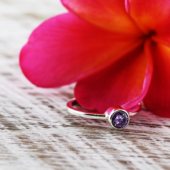Mariage - Purple Amethyst Engagement Ring 14k White Gold Personalize Birthstone Jewelry