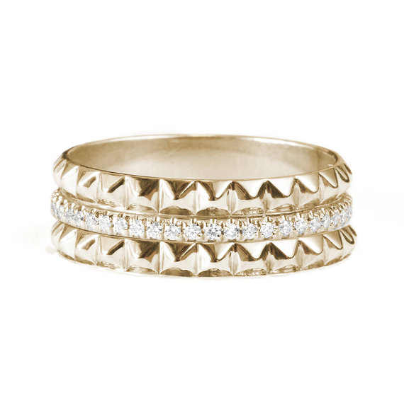 Mariage - Eternity Diamond Ring with 2 Gold Pyramids - Unique diamond wedding ring. 14K Gold , 0.30 ct