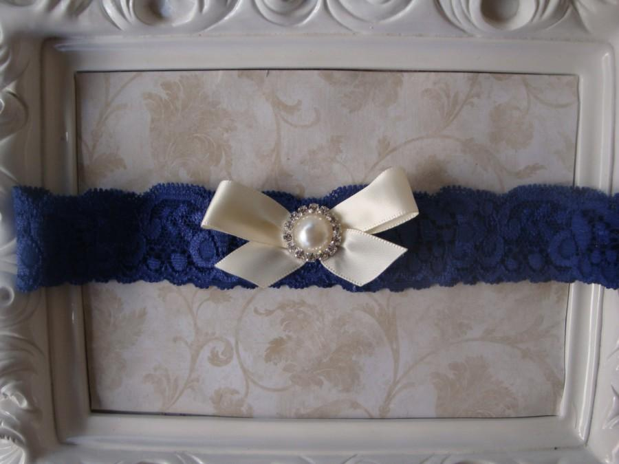 Hochzeit - Wedding Garter - Bridal Garter - Toss Garter - Navy Blue Lace Garter with Satin Bow and Pearl