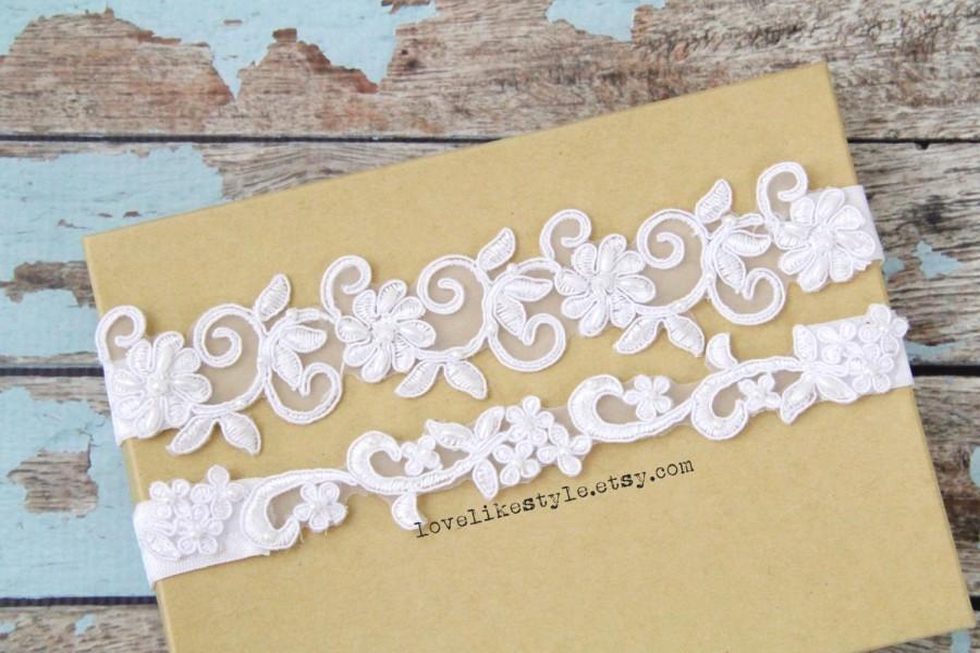 Wedding - White Beaded Lace Wedding Garter Set, White Lace Garter Set, Toss Garter , Keepsake Garter / GT-21A