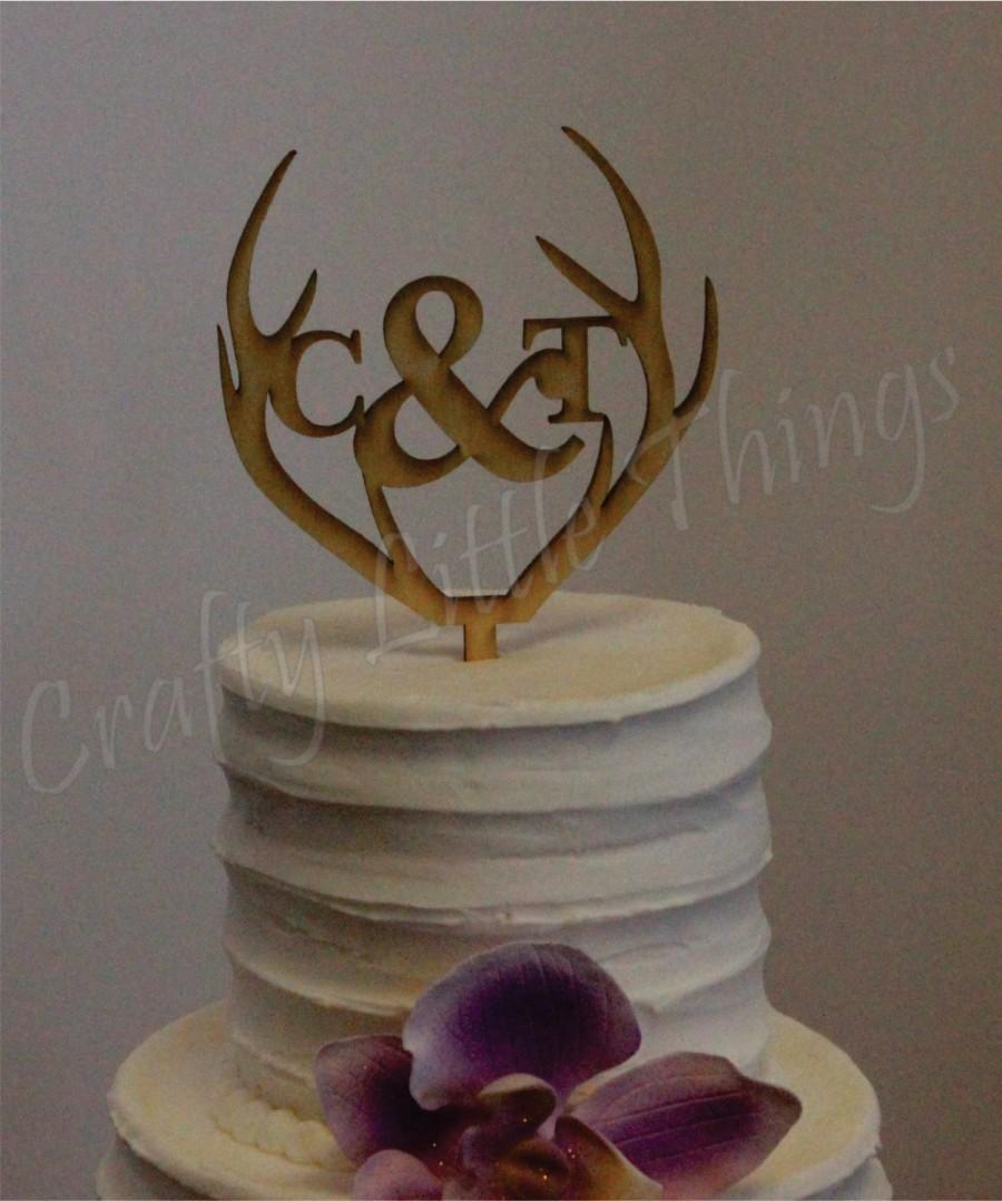 Mariage - FREE SHIPPING! Antler personalized wooden monogram Rustic wedding cake topper