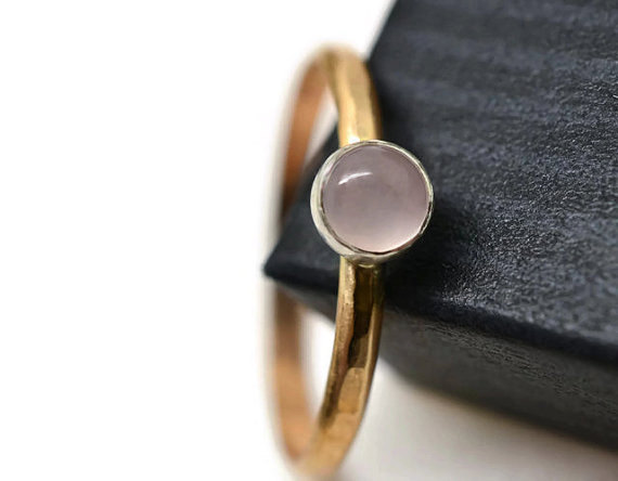 Hochzeit - Rose Quartz Gemstone Ring, 14k Gold Fill Ring, Natural Gemstone Jewelry, Hammered Gold Band, Simple Engagement Ring