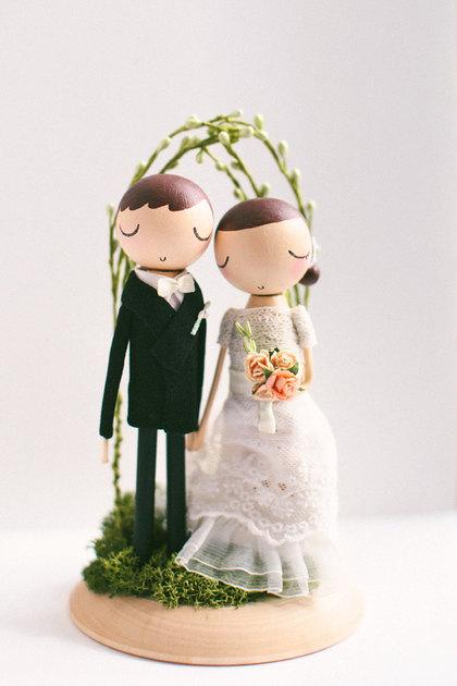Mariage - Wedding Cake Topper/Rustic Wedding Cake Topper/Cake Topper/Wooden Cake Topper/Wooden Peg Doll/Personalized/Boho cake topper