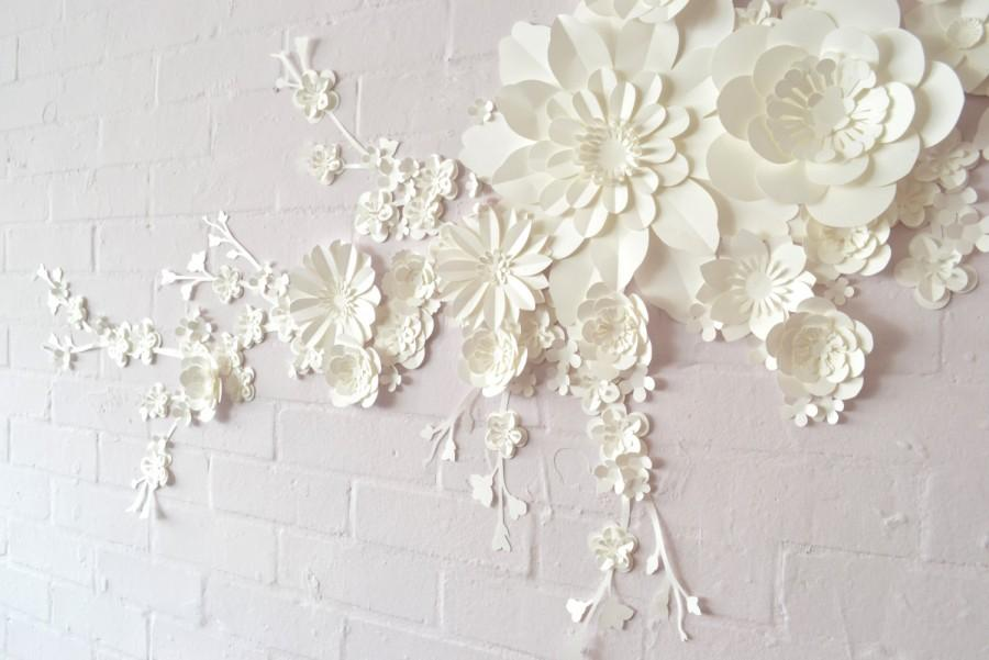 Mariage - Handmade Paper Blossom Wall Display