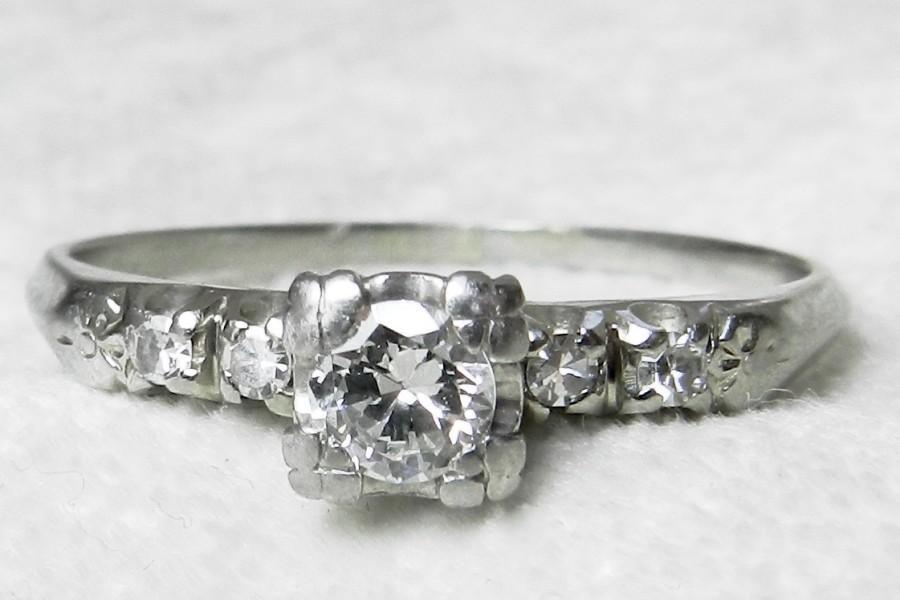 Mariage - Vintage Engagement Ring 18K Ring Old European Cut Diamond Ring .50 Ct tdw Art Deco Orange Blossom Diamond Ring 1920s Engagement Ring