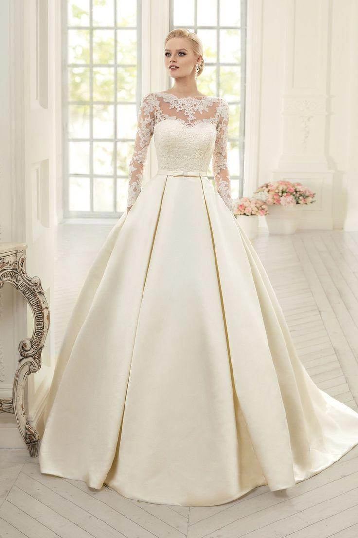 Mariage - Elegant Simple Long Sleeve Wedding Dress