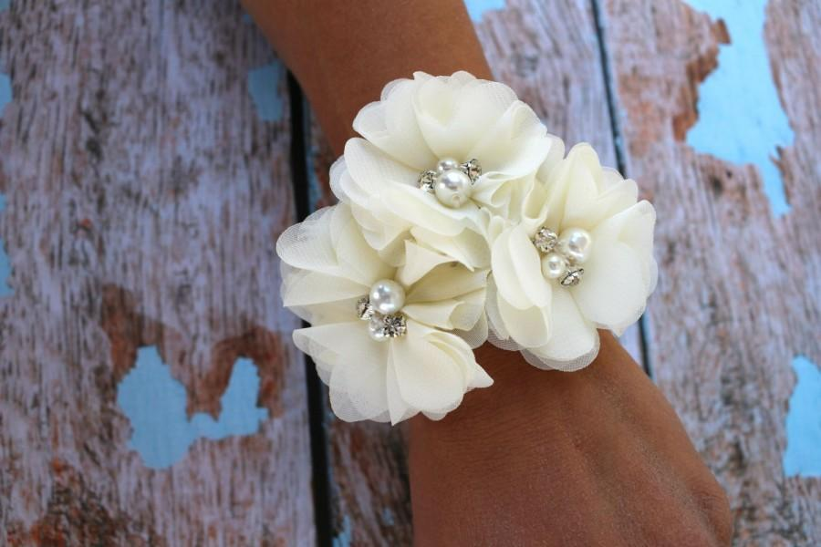 Mother of the Bride Wrist Corsages