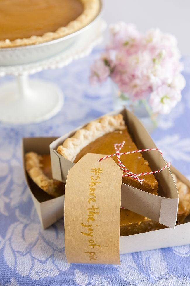 Hochzeit - DIY The Ultimate Pie Bar