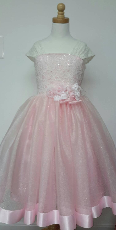 Свадьба - Princess Flower Girl Dress. Lace. Sequins. Tulle. Ribbons.Weddings. Birthday Party