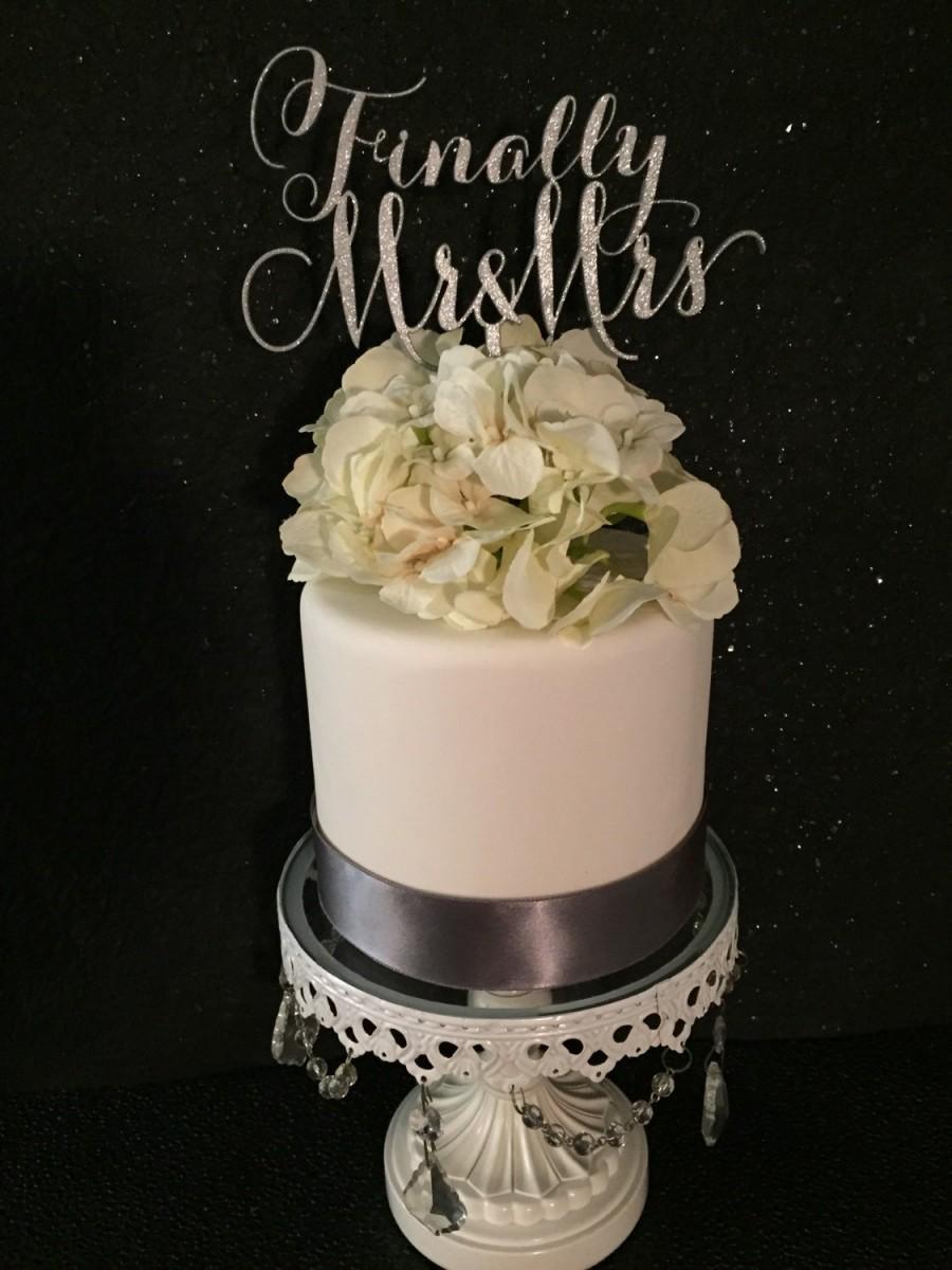 Свадьба - Finally Mr. & Mrs. -Cake Topper for Weddings