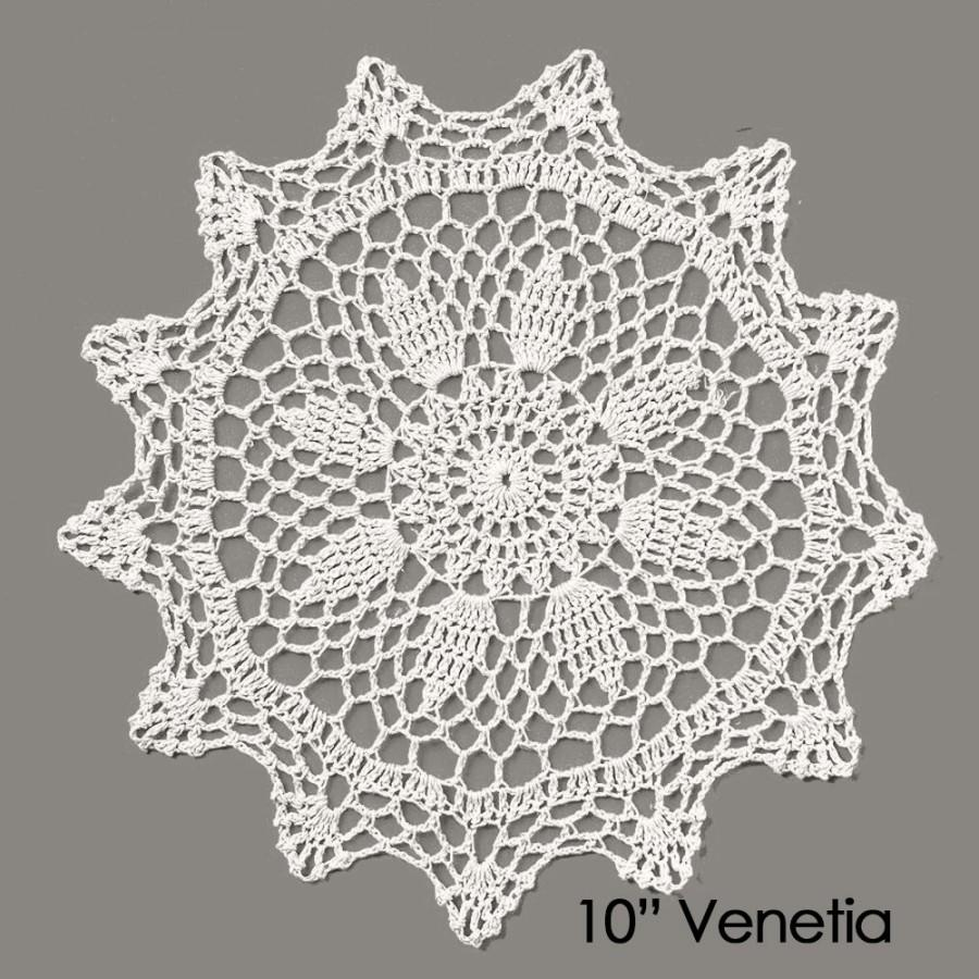 Свадьба - Lace Doily 4 Pack - VENETIA pattern - Table Decoration - Wedding / Event Supplies