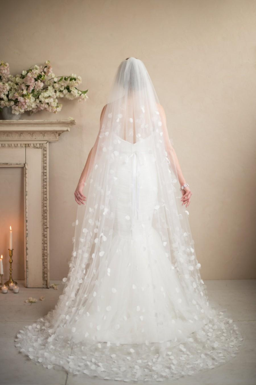 Cathedral Petal Wedding Veil Bridal Hair Accessories Beaded Graduated Cascading Flowers Of