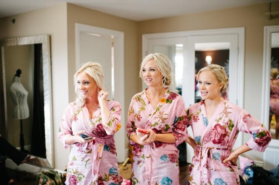 Light Pink Bridesmaids Robes Blooms Getting Ready Robe ed44f75d7