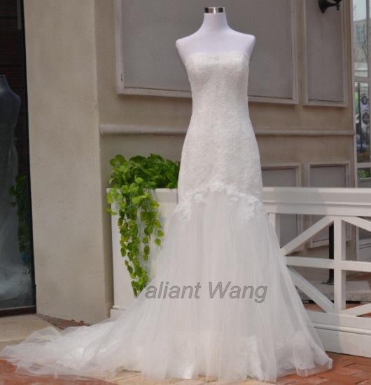 Свадьба - Mermaid Vintage Ivory Lace Tulle Wedding Dress Sweetheart Neckline Slight V With Scope Lace Hem
