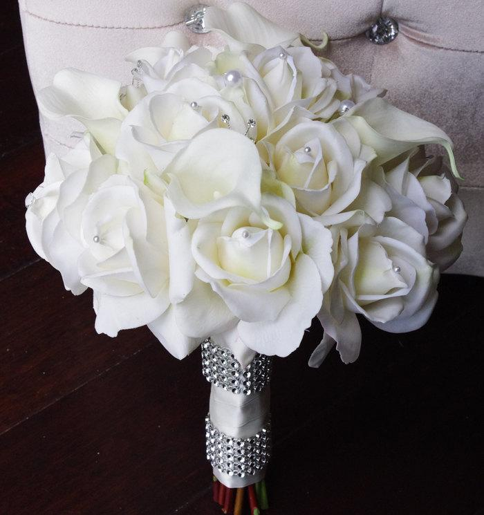 silk wedding bouquet with off white roses and callas natural touch silk flower bride bouquet. Black Bedroom Furniture Sets. Home Design Ideas