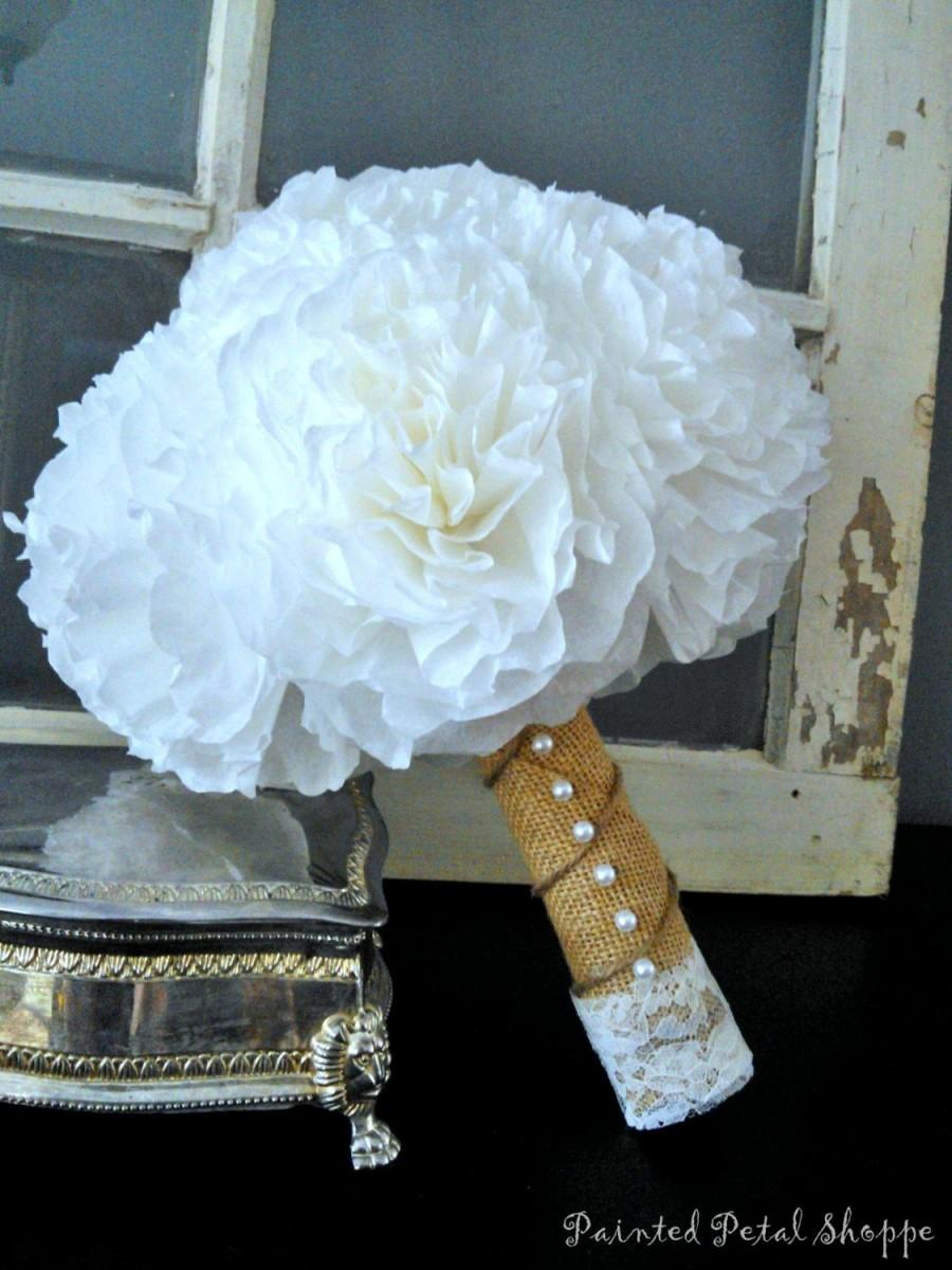 Mariage - Coffee Filter Bridal Bouquet/ Rustic Wedding Flowers/ Bright White/ Ivory