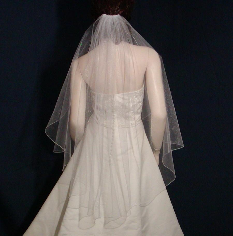 Mariage - Shimmering  Angel Cut fingertip length bridal veil with an  Iridescent pencil edge