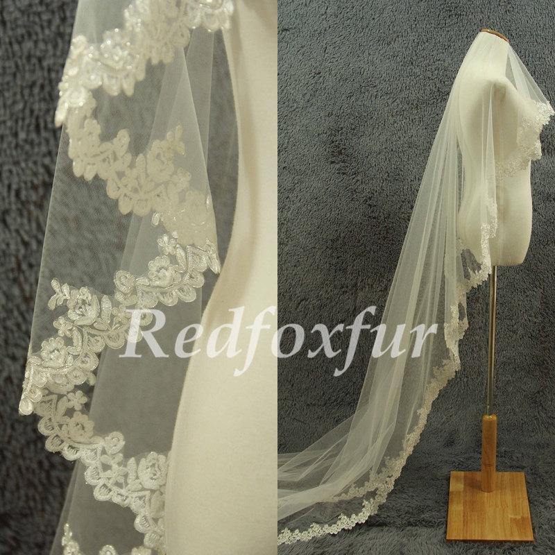 Mariage - Alencon lace veil 1 tier Ivory Bride face Lace edge veil Cathedral Veil Flowers edge veil Wedding dress veil Wedding Accessories No comb