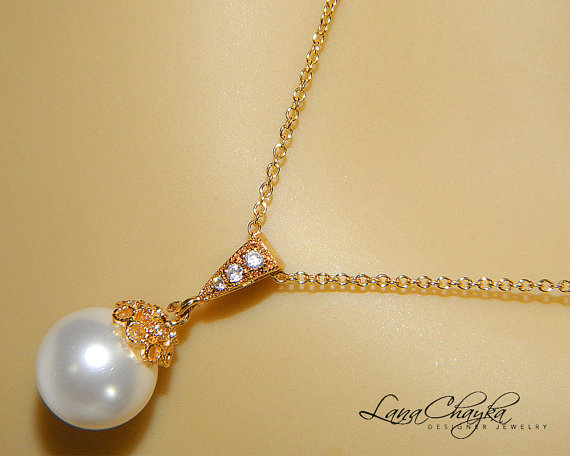 Mariage - White Drop Pearl Necklace Single Pearl Vermeil Gold Necklace Swarovski 10mm Pearl Bridal Necklace Bridal Jewelry White Pearl Gold Necklace