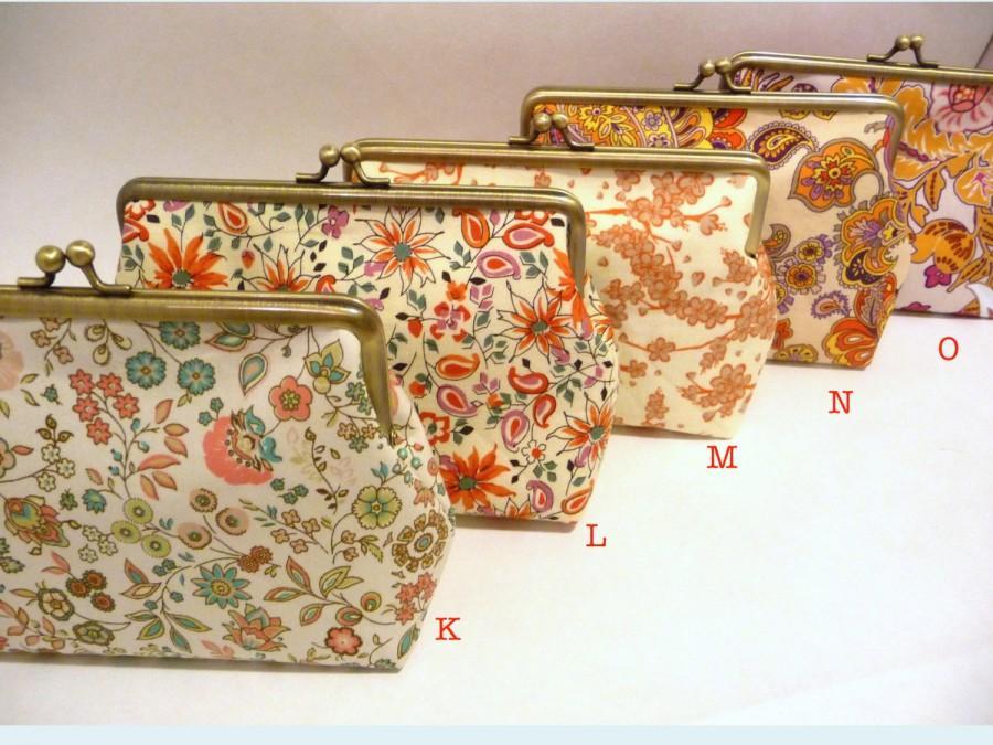 زفاف - Floral Clutch Set of 5, Bridesmaid Floral Purse Set, Bridesmaid Clutch Set, Seven inch Frame
