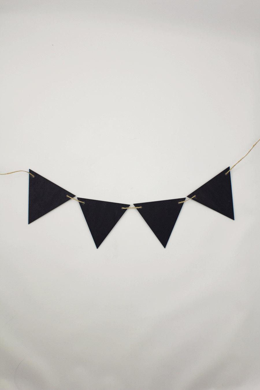 Mariage - Wood Chalkboard Bounty flag banner - 6 flags - Engagement Prop - Wedding Signage -  Buffet Props -  Settings