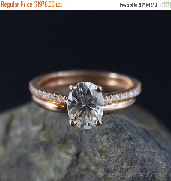 Mariage - ON SALE Forever Brilliant Oval Solitaire Engagement Ring – Wedding Set – 14K Rose Gold Wedding Band