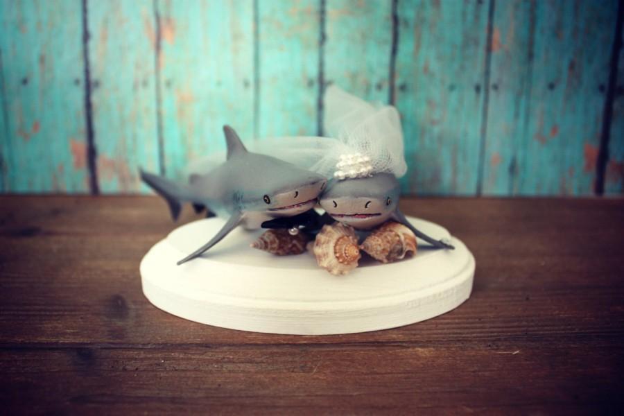Свадьба - Shark-wedding cake topper-shark lover-beach wedding-bride and groom-fishing-shark fishing-nautical wedding-ocean-destination wedding