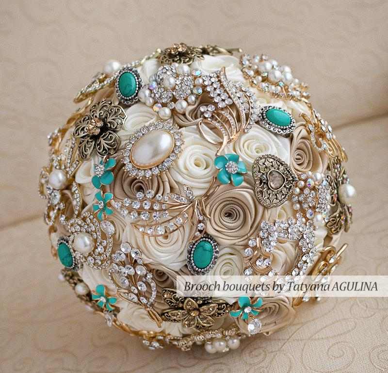 Свадьба - Brooch bouquet. Ivory, Champagne and Mint wedding brooch bouquet, Jeweled Bouquet.