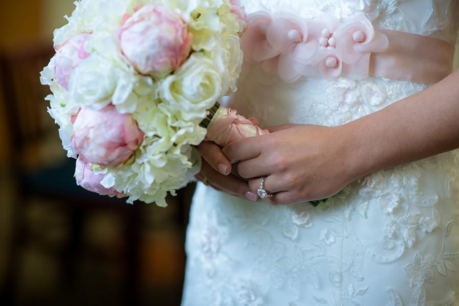 Свадьба - Light Pink Peony Bud and Ivory Hydrangea Rose Silk Wedding Bouquet Silk Bridal Bouquet