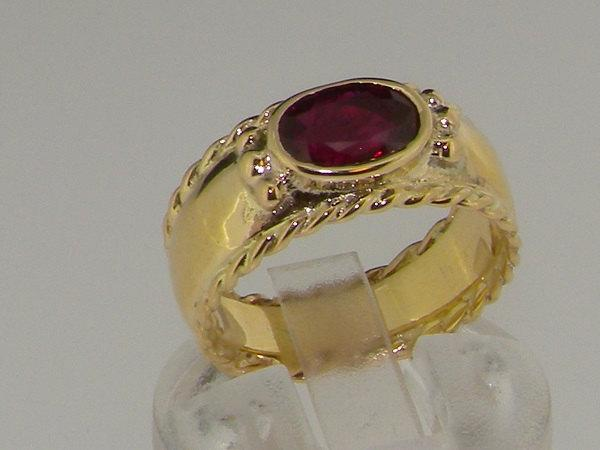 Свадьба - Stunning 14K Solid Yellow Gold Natural Red Ruby Solitaire Ring with Milgrain Edging - Made in England - Choose Your Gemstone