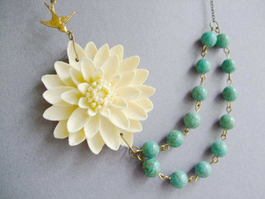 Mariage - Statement Necklace,Mom Gift,Bridesmaid Jewelry,Turquoise Necklace,Wedding Necklace,Flower Necklace,Ivory Jewelry,Bridesmaid Gift,Gift Ideas