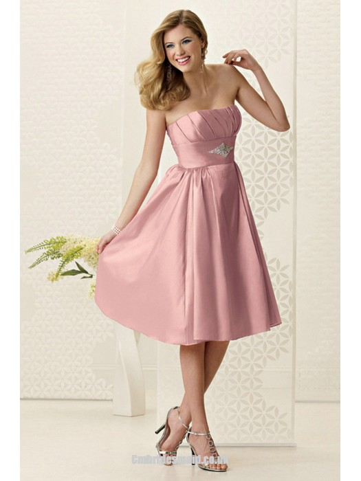 Mariage - New Strapless A-line Sleeveless Satin Knee-length Uk Bridesmaid Dresses UK