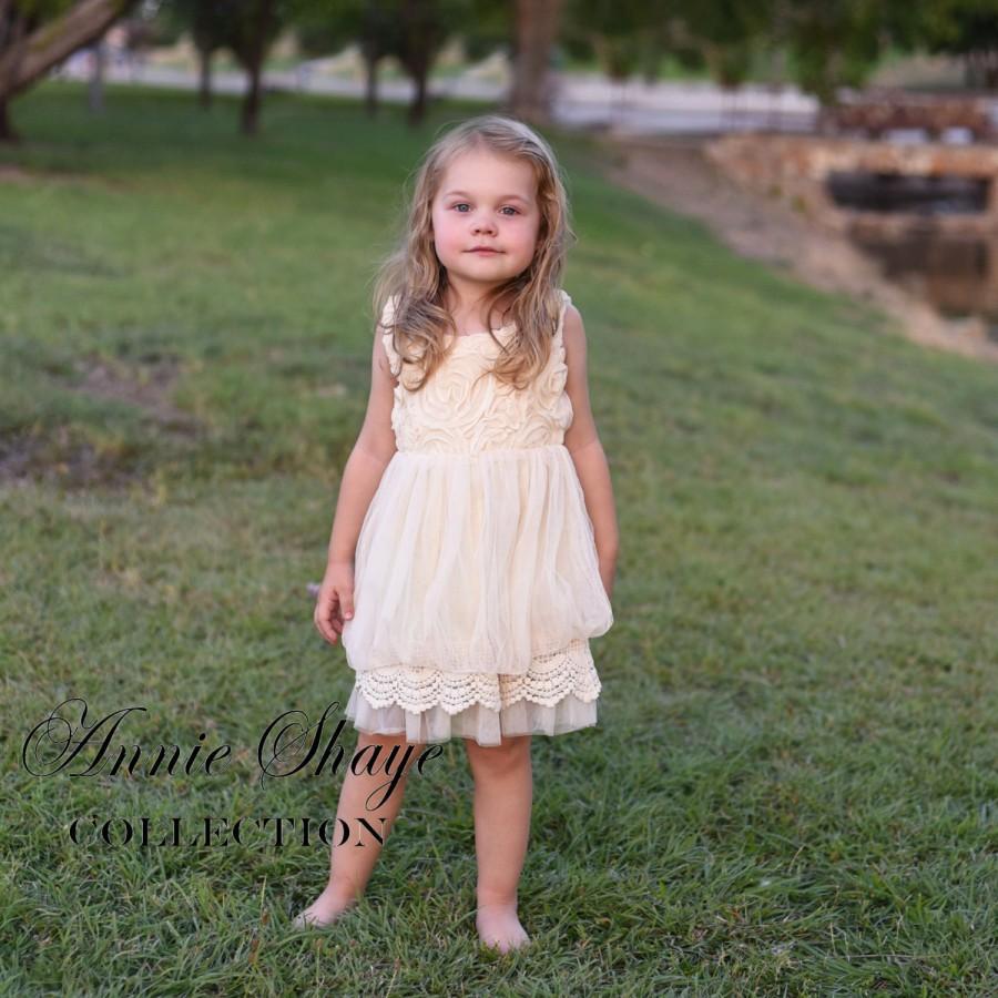 Mariage - Sophie flower girl dress-ivory flower girl dress-girls lace dress-lace dress-toddler lace dress-boho girl dress-flower girl dress