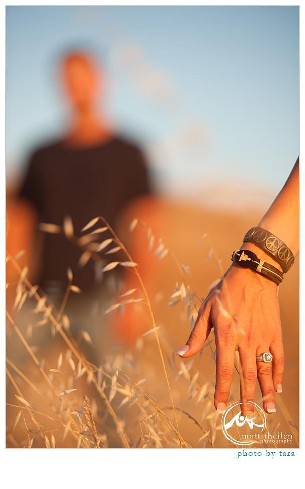 Wedding - Engagement Photo Ideas (Yay, Heather & Robbie!)