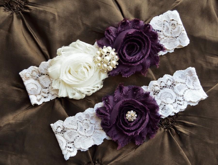 Hochzeit - Wedding Garter Belt, Bridal Garter Set - Ivory Lace Garter, Keepsake Garter, Toss Garter, Plum Wedding Garter, Purple Wedding Garter Set