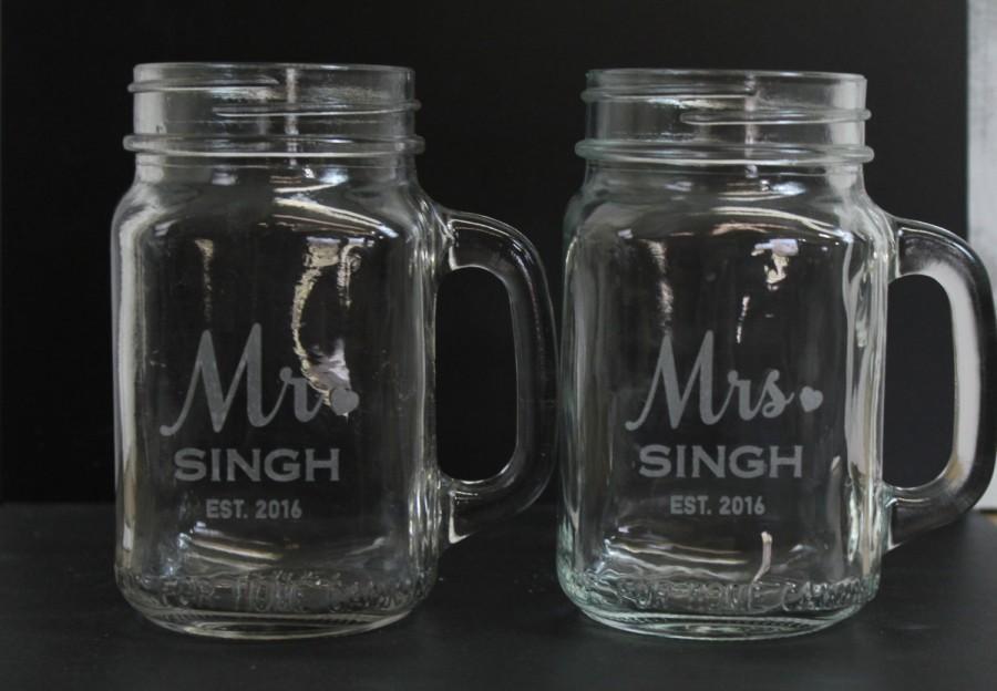 Wedding - Set of Mr and Mrs/Mason Jar Mugs/Custom/Surname/Date/Engraved/Bride and Groom Glasses/Heart/Wedding Glass/Wedding Decor/Shower Gift
