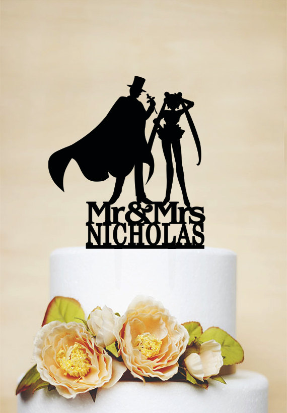 Hochzeit - Wedding Cake Topper,Sailor Moon & Tuxedo Mask Silhouette,Custom Cake Topper,Mr And Mrs Cake Topper With Last Name C085