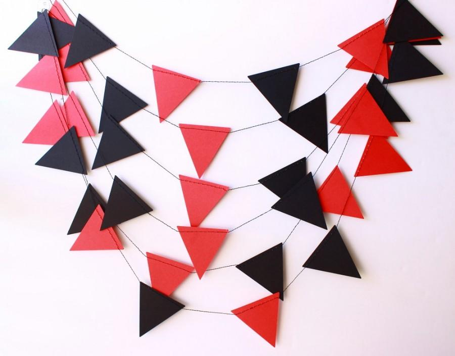 Mariage - Wedding Garland, Red & Black Pennant Garland, Poker Party Decor, Pirate Party, Photo Prop, Pennant Banner, Graduation Party Decorations