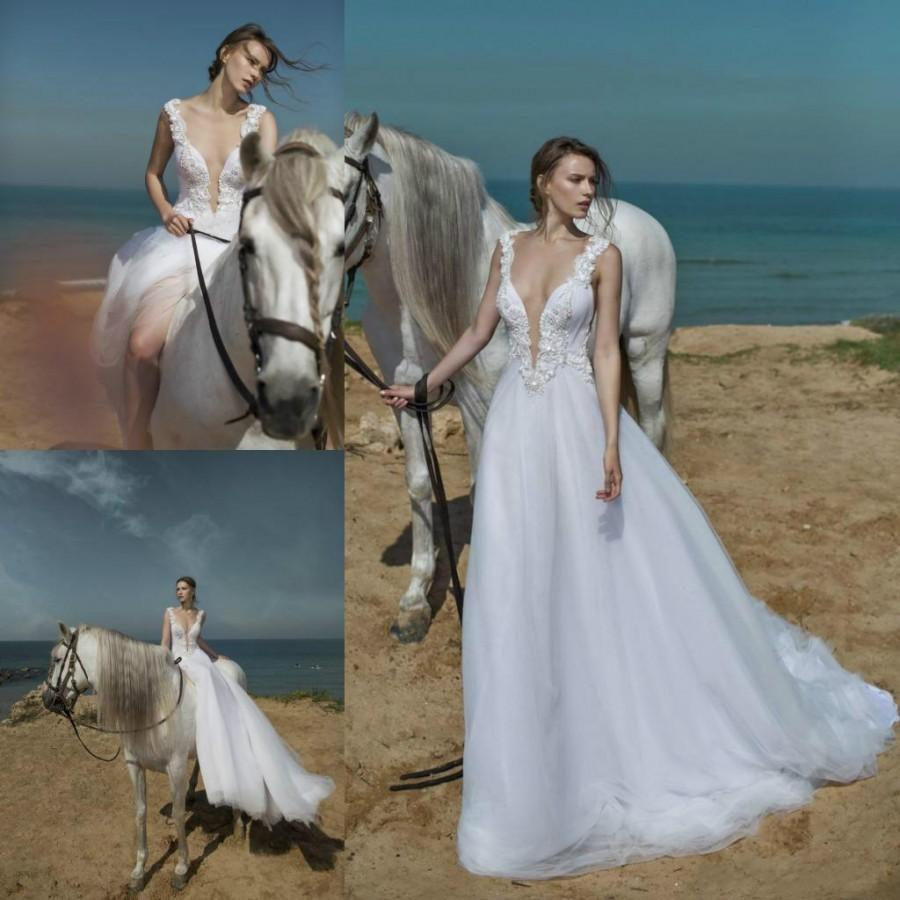 0d3b31f4e1 Sexy 2016 Lace Wedding Dresses Deep V Neck Beads Garden Tulle Wedding Gowns  Sleeveless Crystal Nurit Hen Spring Beach Bridal Ball Online with  $108.25/Piece ...