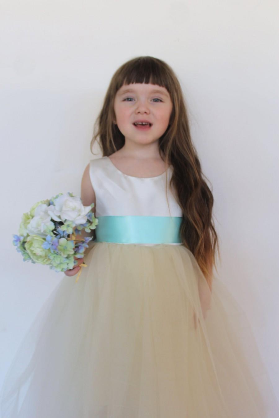 Hochzeit - Ivory flower girl dress, turquoise sash