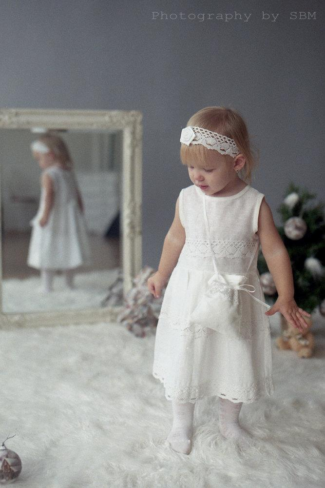 Hochzeit - White linen girl dress  - Flower girl dress, headband, tote bag - Christening girl dress - white girl dress