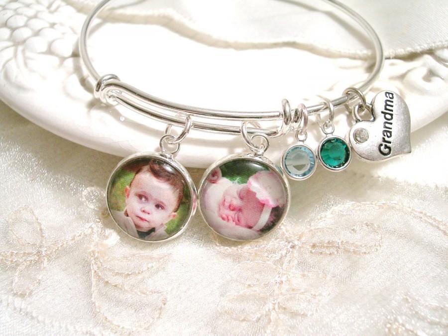 Mariage - Photo Charm Bracelet Message Charm Bangle Mom Gift Grandmom Gift Mother's Birthstone Bracelet Mother of the Bride Mother of the Groom gift